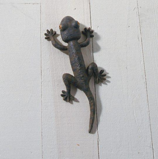 《Animal 2009‐04B》 2009年 ブロンズ、塗料、油彩
